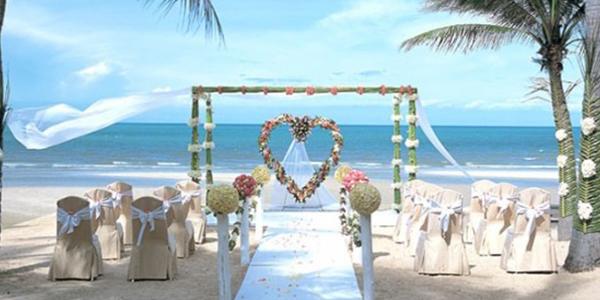 Matrimonio in spiaggia al tramonto : Il matrimonio in spiaggia una realtà anche italiana!