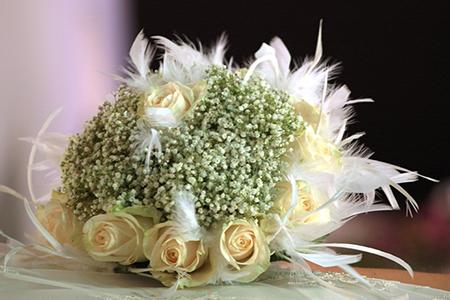 Bouquet Sposa 50 Anni Matrimonio.Bouquet Di Piume Galleria D Arte Scarano Atelier Bomboniere